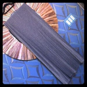Studio M long skirt medium